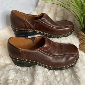 Eastland brown slip on shoes size 7W